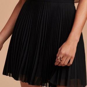 Aritzia Talula Black Chiffon Pleated Mini Skirt